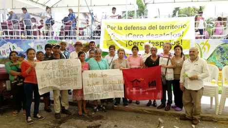 Solidarity of the Central American People's Organizations for Zero Evictions - Zero Dispossession of the inhabitants in struggle against the dam of the Narmada Valley, India.